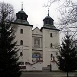 Fotografia sanktuarium w Rychwałdzie